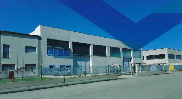 vendiamo AZIENDA CARPENTERIA METALLICA con IMMOBILI provincia Cuneo