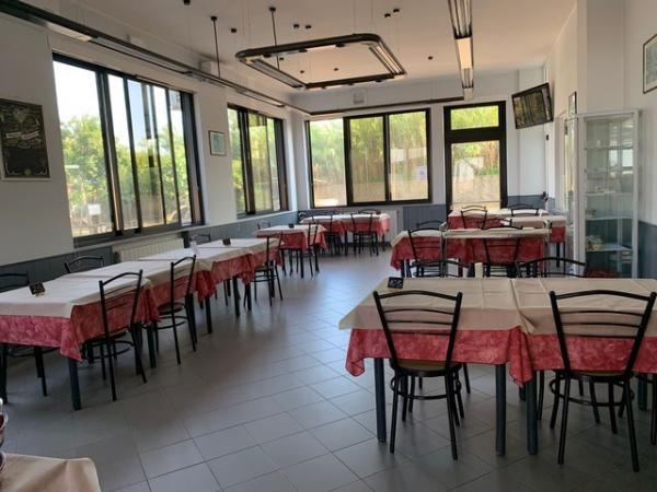 vendiamo HOTEL RISTORANTE PIZZERIA BAR Liguria